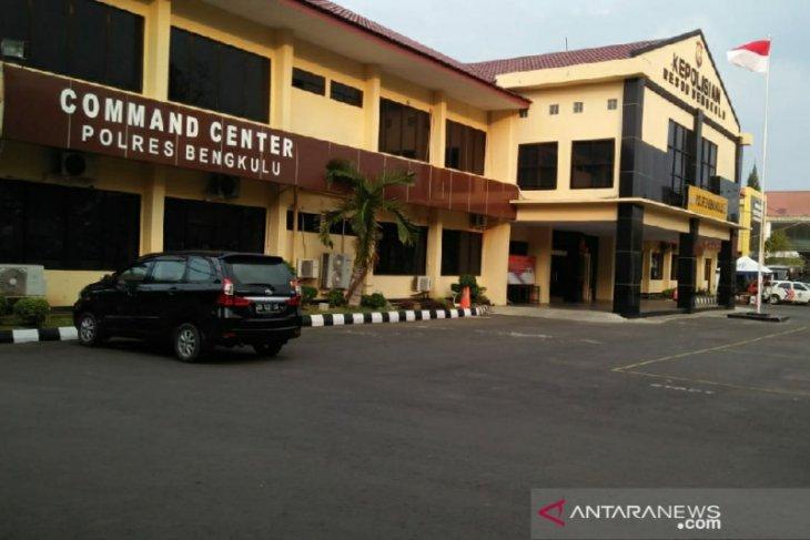 Polres Bengkulu mulai berlakukan vaksinasi syarat buat SIM-SKCK