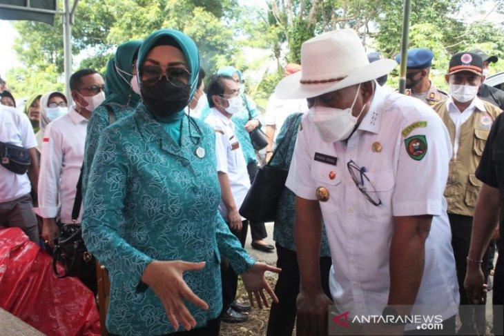 Gubernur Maluku kunjungi korban gempa di Tehoru begini penjelasannya