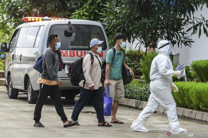 Jakarta's daily COVID-19 cases hit record high of 9,271