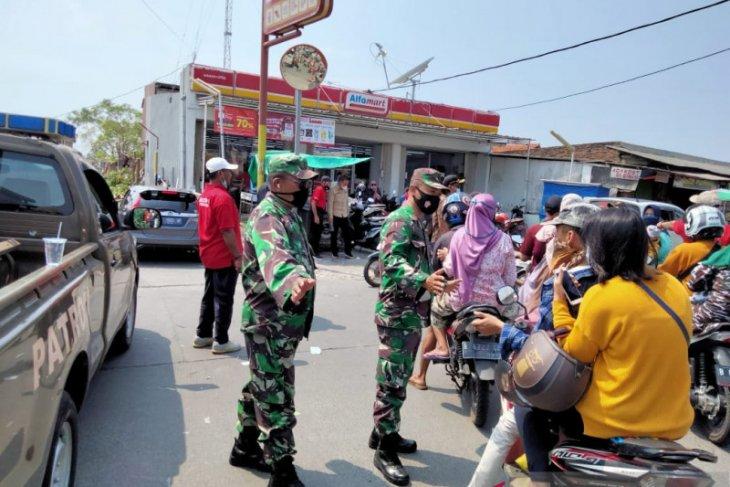 Ruang rawat inap pasien COVID di RSUD Kabupaten  Tangerang terisi penuh