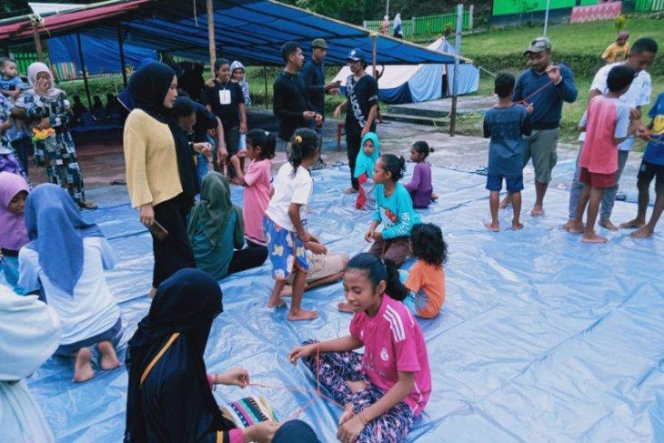 Relawan Ambon gelar pemulihan trauma anak-anak pengungsi gempa 61 begini penjelasannya
