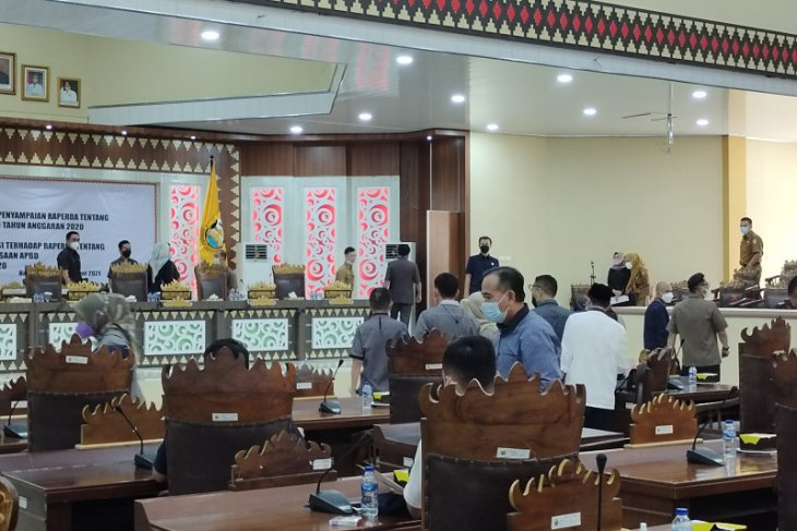 Anggota DPRD Bandarlampung ancam gelar sidang paripurna tandingan