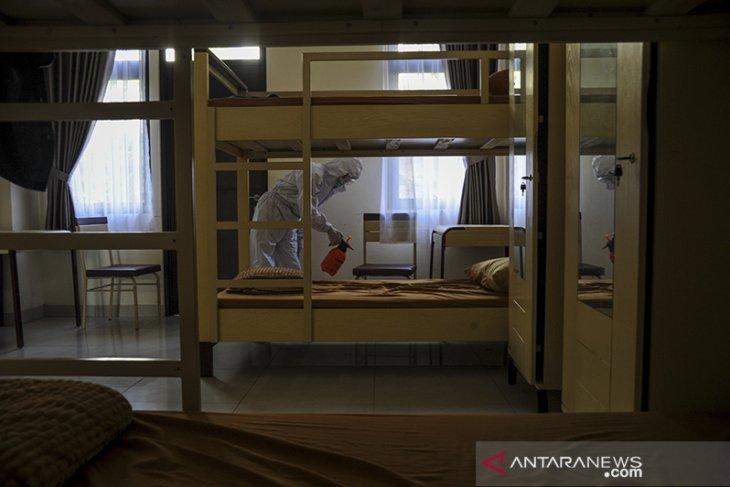 Persiapan rumah sakit darurat di Sumedang
