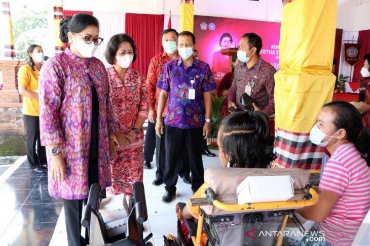 Putri Koster ajak PKK kabupaten se-Bali ringankan beban masyarakat
