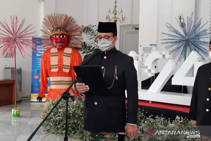 Governor Baswedan urges public to care for those contracting COVID-19