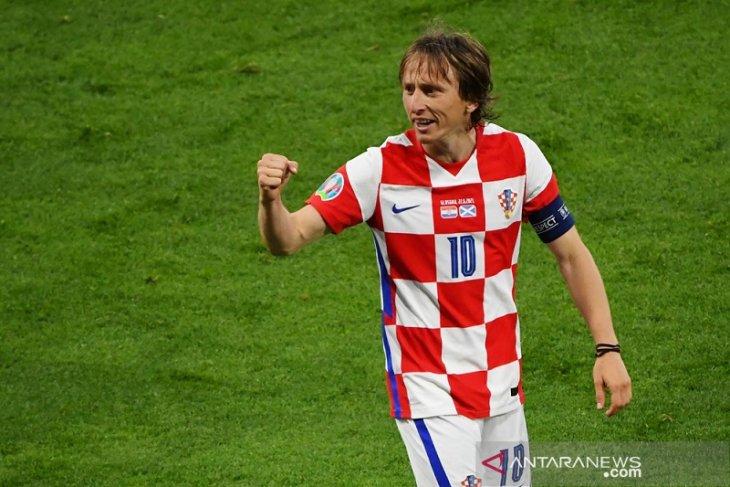 Hasil Grup D: walau telat panas, Kroasia susul Inggris dan Ceko