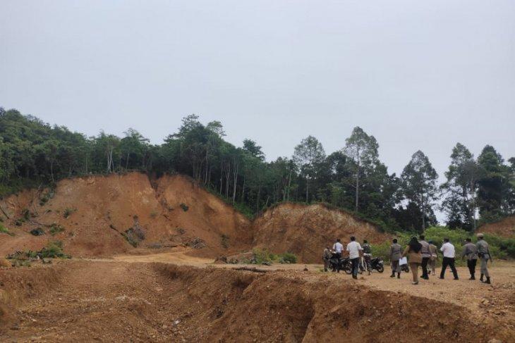 Tak berizin, Tim gabungan  tutup dua galian C di Aceh Jaya