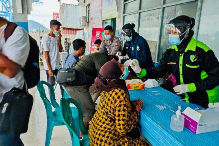 Antisipasi corona Polda Malut gelar vaksinasi massal COVID - 19 gratis