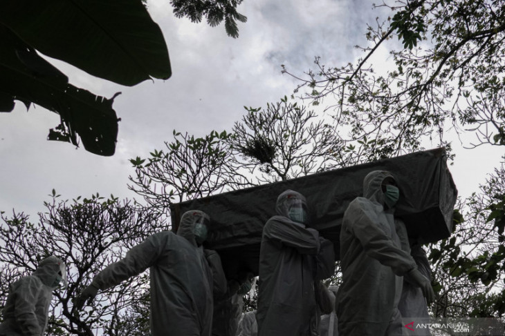 Kasus kematian COVID-19 tertinggi di Jateng, urutan kedua Jatim