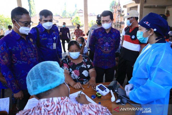 Pemkab Klungkung percepat penyelesaian Vaksinasi COVID-19 dengan pelayanan sore