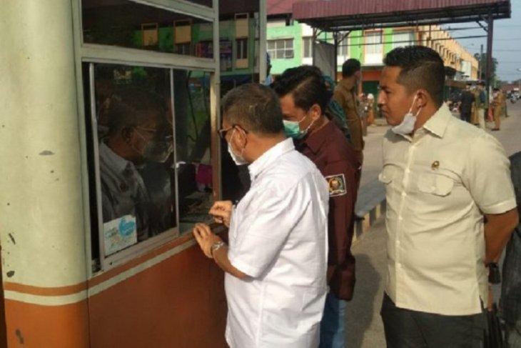 Komisi II DPRD Provinsi Jambi sidak Pasar Angsoduo