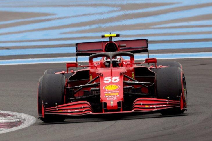 Ferrari didera masalah keausan berlebihan ban depan