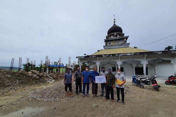 PLN bantu rehab rumah ibadah di Aceh Selatan