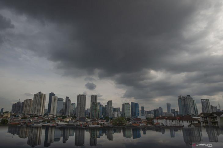 BMKG prakirakan di sejumlah daerah turun hujan lebat hingga sedang