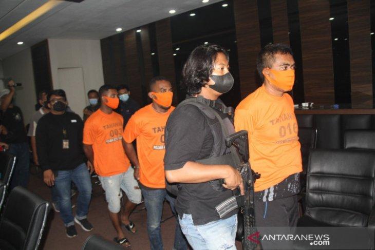 Polrestro Jakarta Barat tetapkan empat tersangka penembakan di Taman Sari