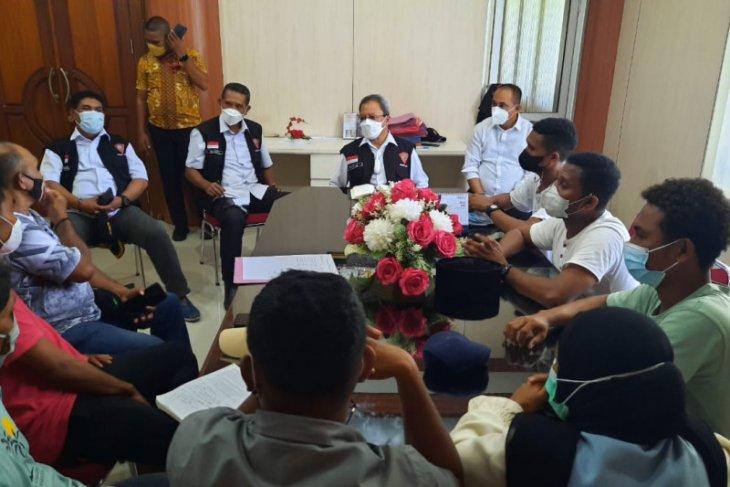 Pemkot Ambon tetap bongkar pasar Mardika realisasi revitalisaasi