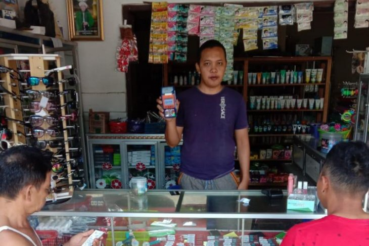 Usaha Aris berkembang pesat berkat kegigihan jadi agen BRILink Desa Rabambang