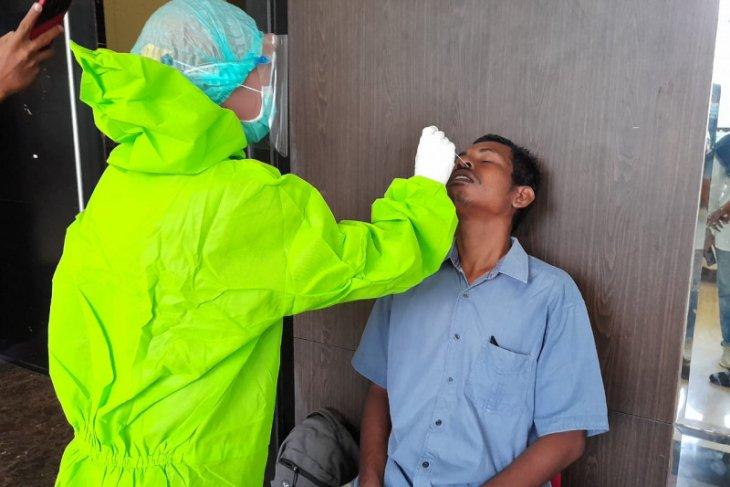 Pemkot Ternate beri sanksi ASN tidak ikut vaksinasi COVID -19 begini penjelasannya