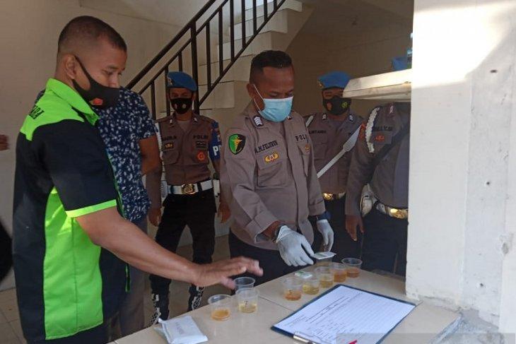 Tes urine personel Polresta Pulau Ambon negatif narkoba