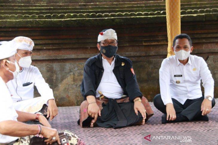 Wagub Bali pastikan ritual di Semeru ikuti protokol kesehatan