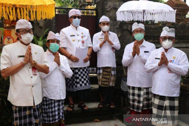 Bupati Tabanan siapkan sanksi bagi warga yang tolak vaksinasi COVID-19