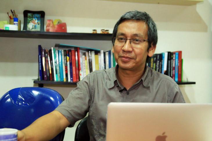 Guru Besar UI : penanganan COVID-19 kerja kolektif