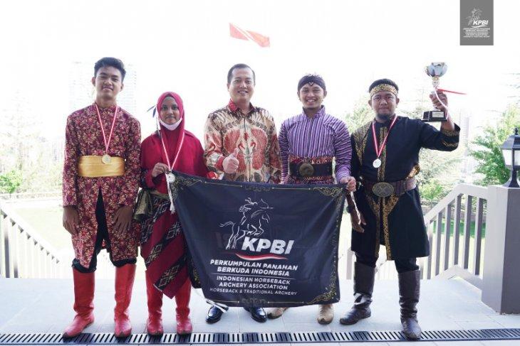 Indonesia wins horseback archery tournament in Turkey