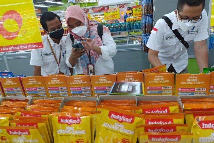 BPOM Pontianak lakukan uji sampel berbagai pangan di Pasar Flamboyan
