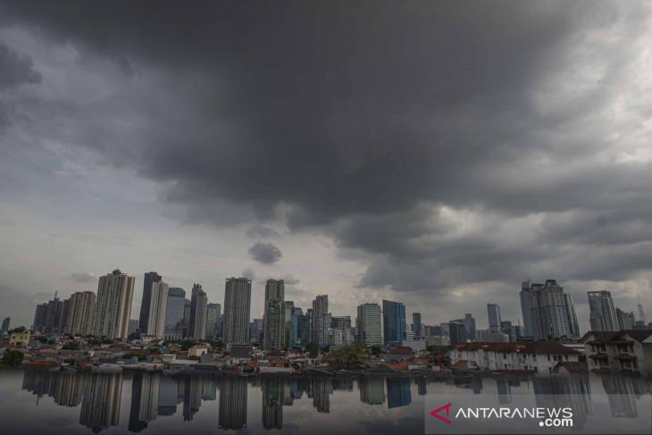BMKG umumkan peringatan dini potensi hujan di tiga wilayah Jakarta