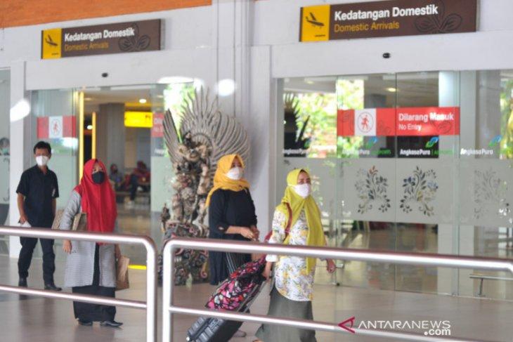 Penumpang yang tiba di Bandara Bali wajib tunjukkan hasil PCR (video)