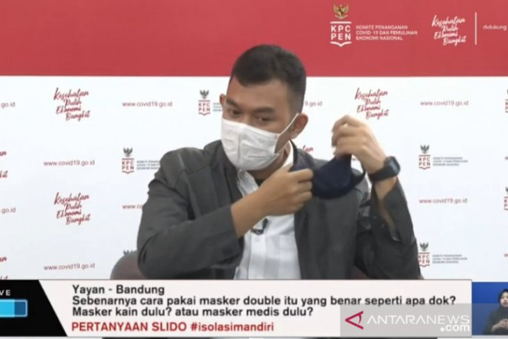 COVID-19: Ministry highlights need for double masks