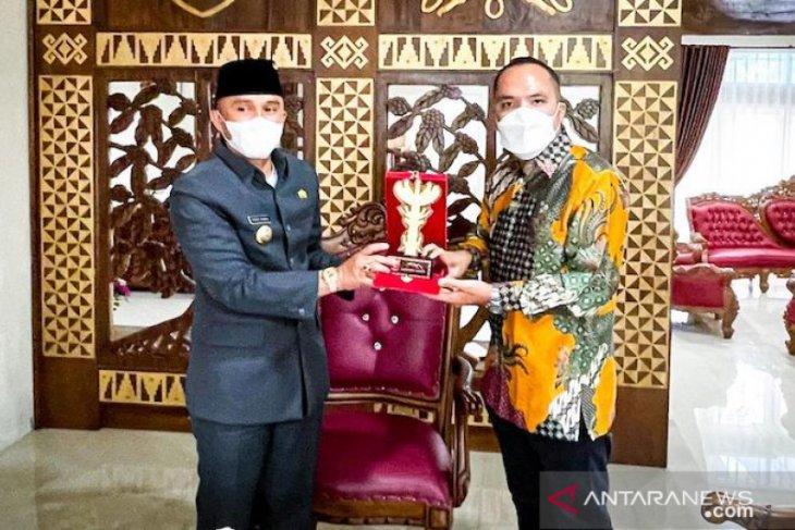 Program Langit Biru Pertamina menyasar Kabupaten Lampung Barat