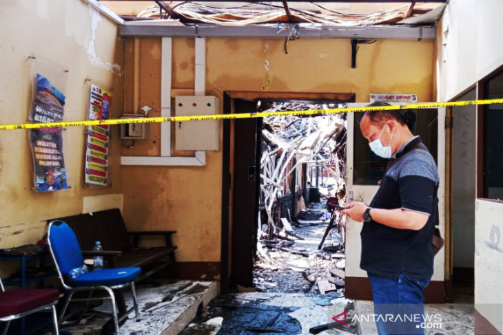 Kantor Satreskrim Polresta Banjarmasin terbakar