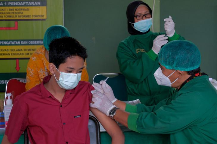 Kodam IX/Udayana fasilitasi vaksinasi COVID-19 bagi anak 12-17 tahun di Bali-NTT-NTB