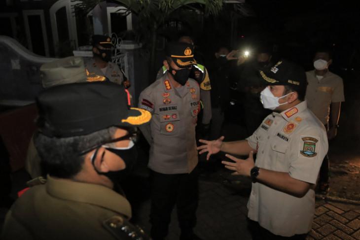 Tangerang tetap berlakukan PPKM mikro RT/RW zona merah
