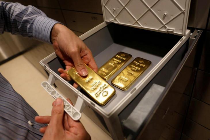 Harga emas naik  di tengah imbal hasil obligasi AS yang lebih rendah
