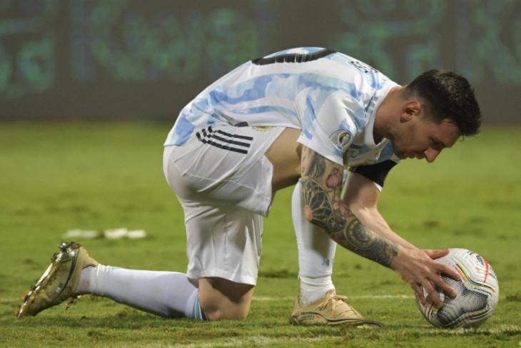 Saat Argentina menikmati Lionel Messi