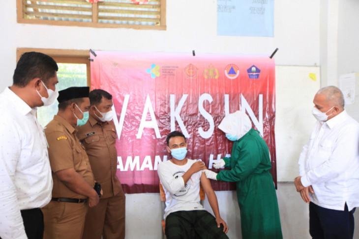 Cegah penyebaran COVID-19, Pemkab Aceh Besar gencarkan vaksinasi