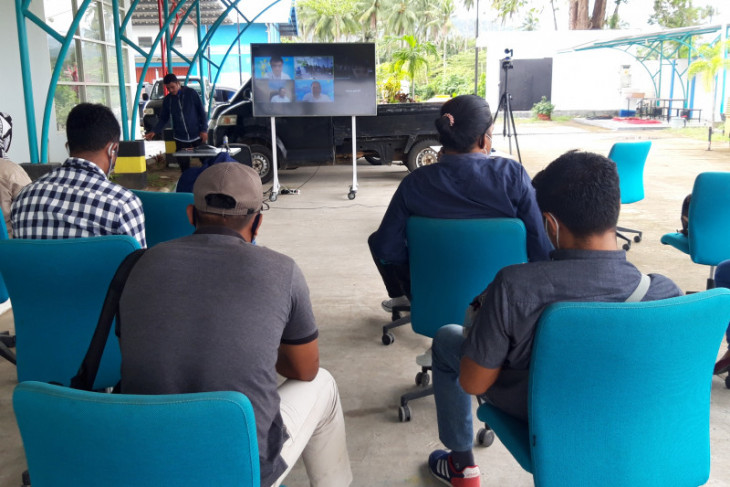 PLN   230.056 pelanggan di Maluku dan Malut dapat stimulus listrik dampak COVID - 19