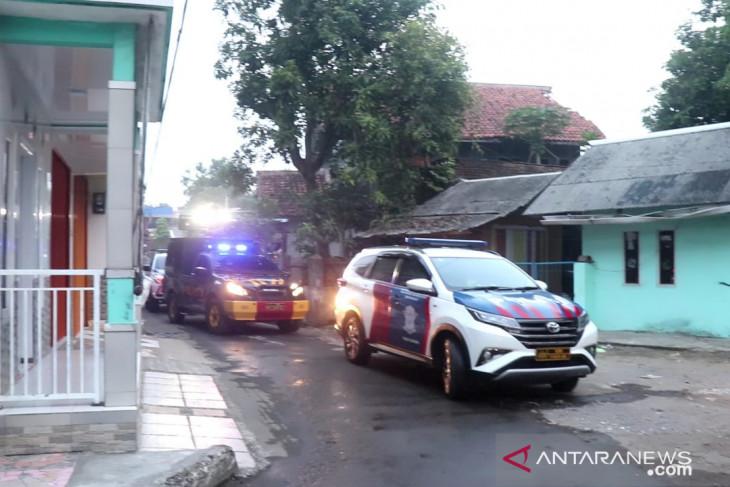 Wabup Sukabumi: masih ada warga langgar PPKM darurat