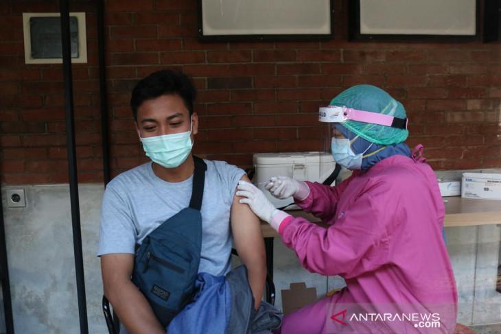 KAI Daop Jember buka layanan vaksinasi gratis bagi penumpang