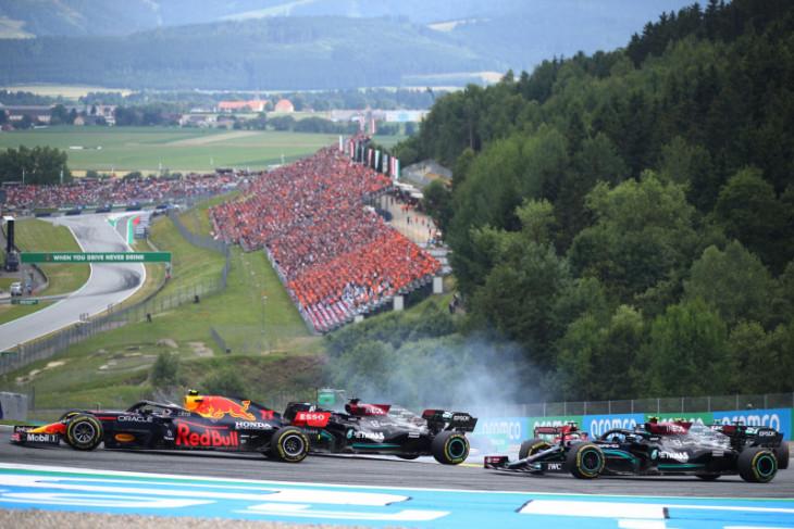 Hamilton kehilangan poin berharga di Austria