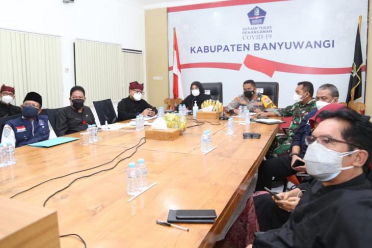 Satgas COVID-19 Banyuwangi targetkan vaksinasi 21 ribu jiwa per hari