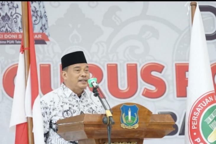 Wali Kota Tebing Tinggi hadiri pelantikan pengurus PGRI 2020-2025