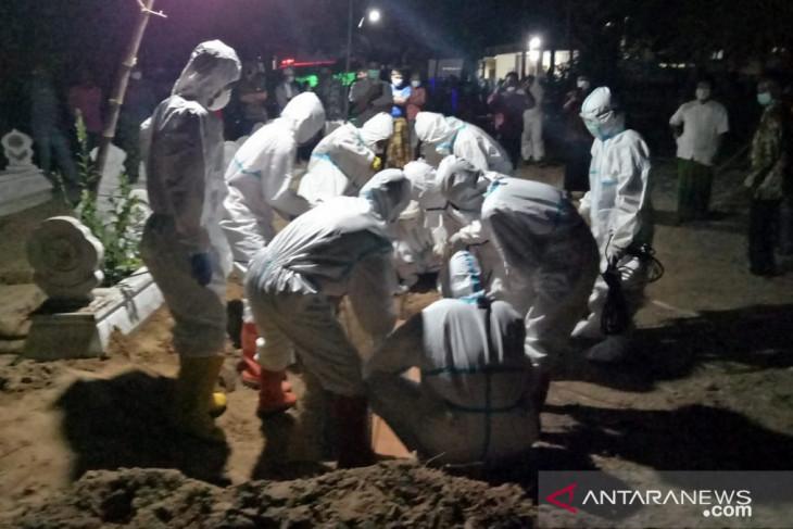 Tiga tenaga kesehatan di Sampang meninggal terpapar COVID-19