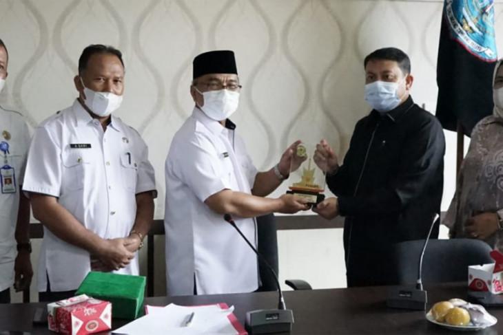Anggota DPRD Kota Payokumbuh Kunker ke Merangin