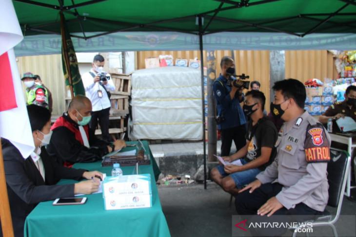 Puluhan pelanggar PPKM Darurat jalani sidang tipiring di PN Kota Sukabumi