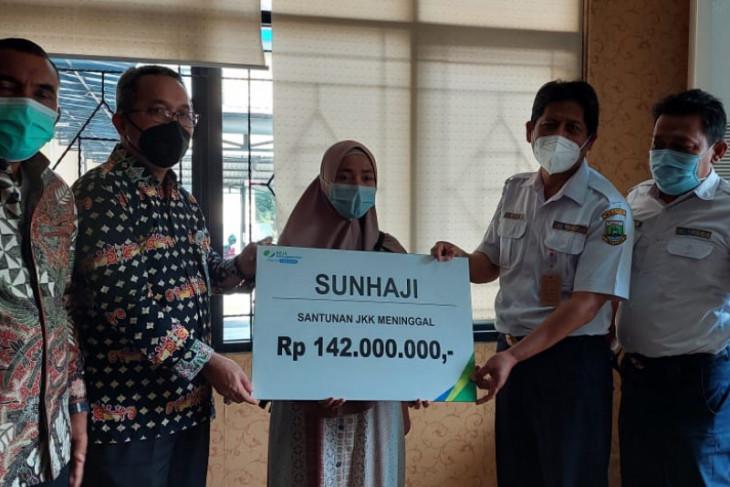 BPJAMSOSTEK Serang Berikan Santunan Rp142 juta kepada Pegawai Dishub Banten