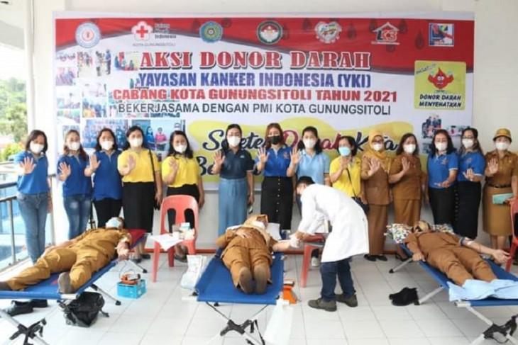 Yayasan Kanker Indonesia gelar donor darah di Gunungsitoli