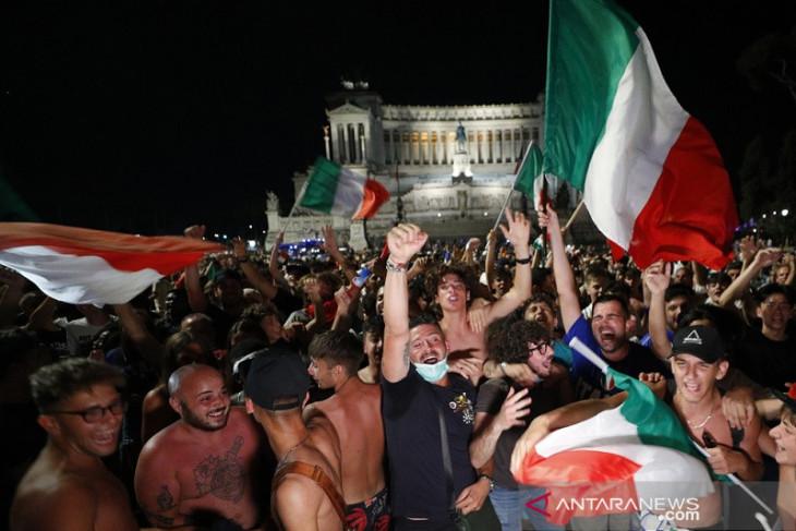 Sekira seribu suporter Italia terbang ke London untuk final Euro 2020